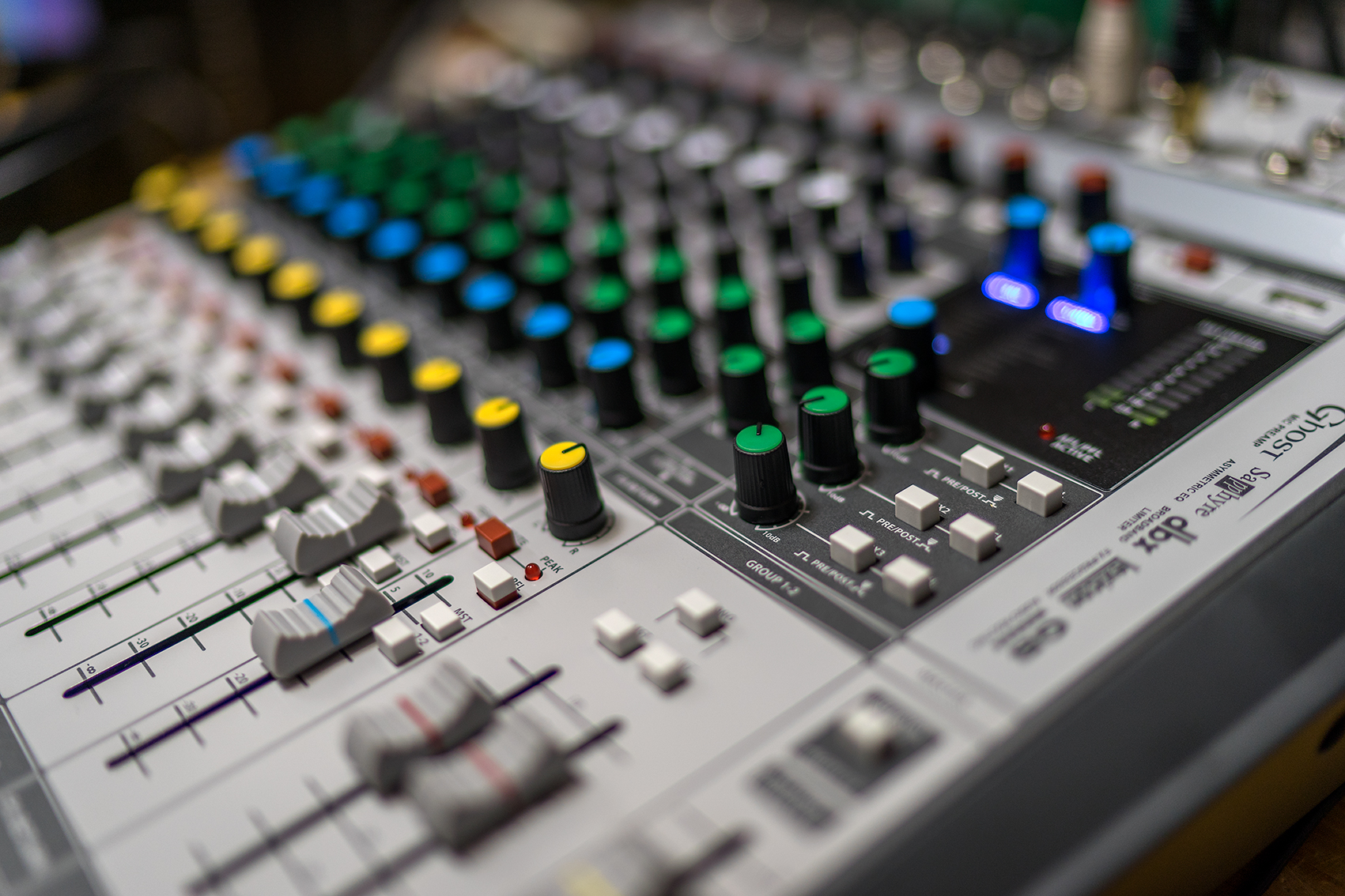 Soundcraft Signature 12 MTK-